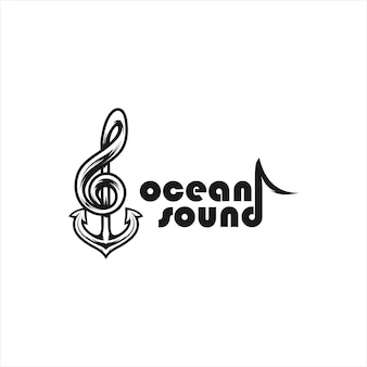 Suono dell'oceano con una combinazione di ancore e tasti musicali, design del logo.