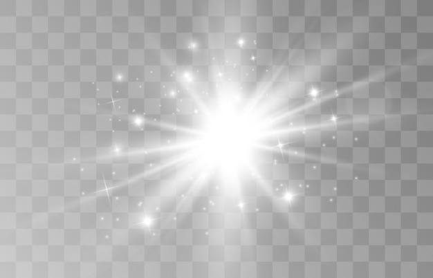 Scintille e stelle dorate scintillano con un effetto di luce speciale. brilla su sfondo trasparente.