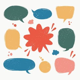 Bolle di discorso impostate varie forme di palloncini di discorso in stile vintage con texture grunge