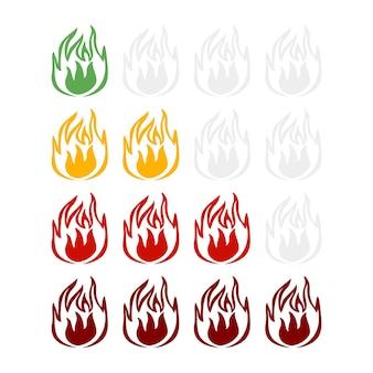 Indicatore piccante piccante in aumento isolato su sfondo bianco. adesivo fuoco di colore diverso per menu ristorante in stile piatto.