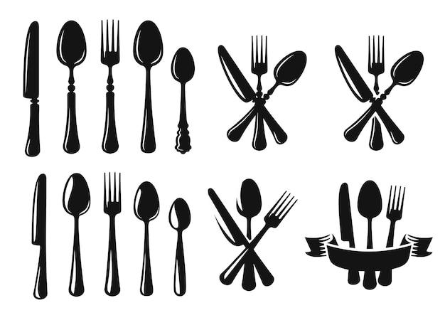 Cucchiaio coltello e forchetta nero.