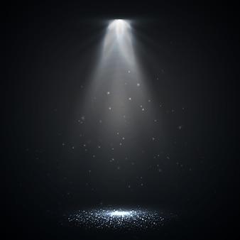Riflettore isolato. effetto di luce incandescente vettoriale con raggi