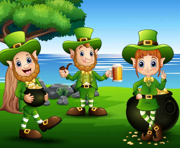 Il giorno di san patrizio festeggia con il gruppo di leprechaund nel parco