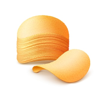 Pila di patatine fritte isolato su bianco