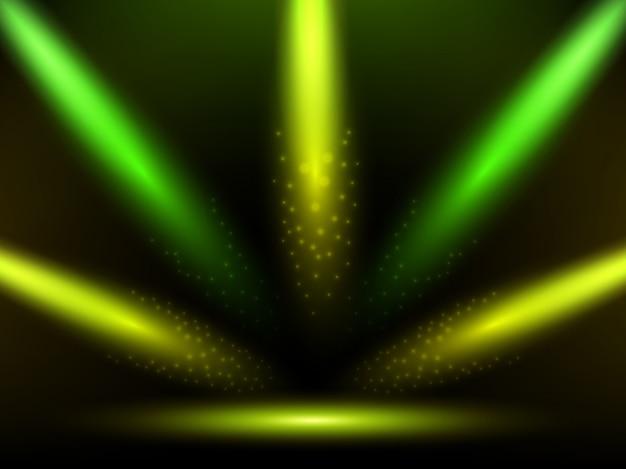 Palco con colorate luci gialle e verdi. podio, strada, piedistallo o piattaforma illuminati da faretti.