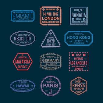 Francobolli e segni di visto sul passaporto, simboli con segni dall'illustrazione dell'aeroporto.
