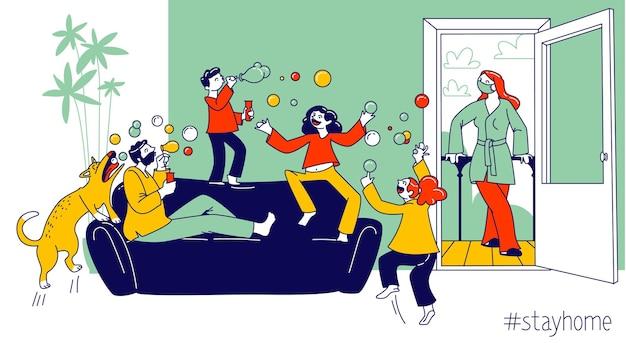 Rimanere a casa il concetto con personaggi di famiglia felice genitori e bambini