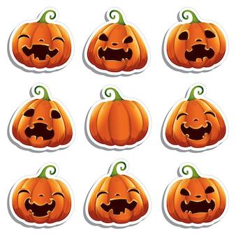 Adesivi con simpatiche zucche realistiche con facce diverse per halloween.