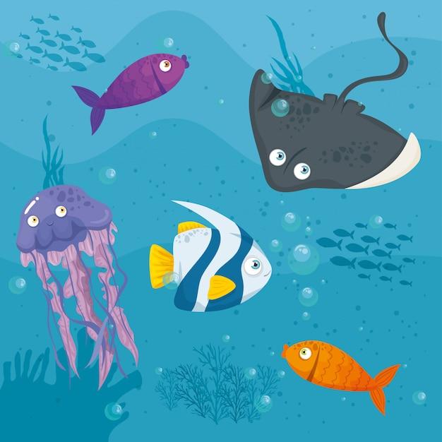 Stingray animale marino nell'oceano, con simpatiche creature sottomarine, habitat marino