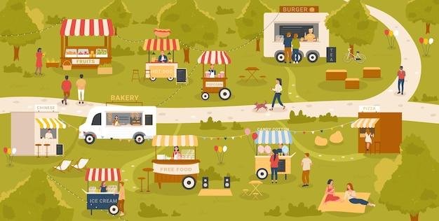 Le bancarelle del chiosco di cibo di strada nell'evento del festival del mercato nel parco cittadino si divertono