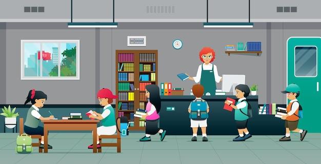Gli studenti leggono e prendono in prestito libri da un bibliotecario.