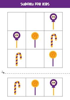 Gioco di sudoku per bambini con dolci di halloween.