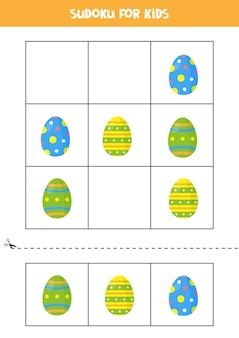 Sudoku con tre immagini per bambini in età prescolare. gioco logico con le uova di pasqua.