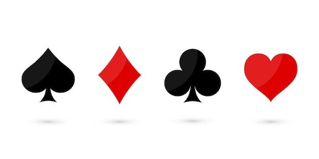 Mazzo del vestito delle carte da gioco su fondo bianco.