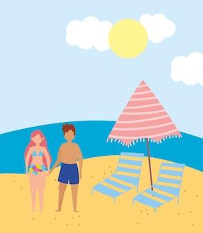 Attività estive, coppia con sedie a sdraio e ombrellone in spiaggia, relax in riva al mare e svago all'aperto