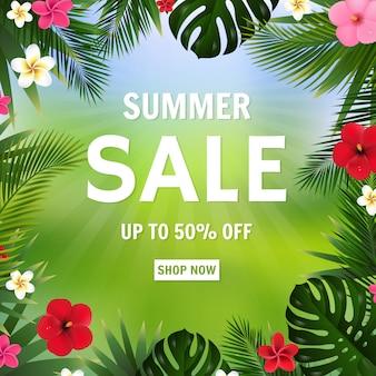 Saldi estivi poster bokeh e fiori tropicali