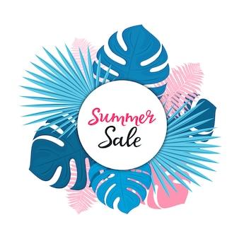 Modello di vendita estiva per sconti stagionali. poster floreali o banner design con foglie di palma, monstera e felce