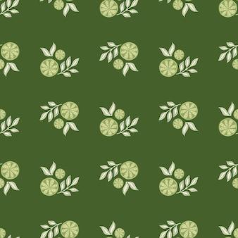 Modello senza cuciture di cibo stagionale estivo con forme astratte di fette di limone. sfondo verde. illustrazione di riserva. disegno vettoriale per tessuti, tessuti, confezioni regalo, sfondi.
