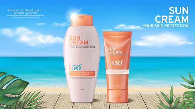 Annunci di crema solare estiva sulla scena bellissima spiaggia