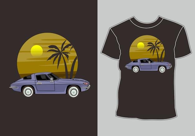 T-shirt estiva, auto classiche, vintage, retrò sono sulla spiaggia