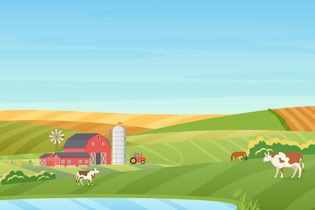 Paesaggio di campagna della fattoria con clima caldo estivo con cottage eco, fienile, mulino a vento, trattore, torre di insilato, mucca, cavallo, campi verdi e arancioni vicino all'illustrazione blu del lago pulito