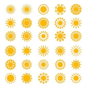 Icone del sole. il cerchio soleggiato della creatività di alba modella la raccolta stilizzata di simboli di tramonto di logo