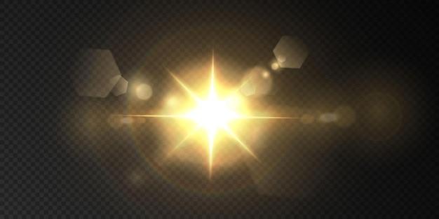 Il sole splende con raggi di luce intensi con riflessi realistici. stella chiara su sfondo nero trasparente.