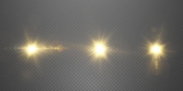 Il sole splende con raggi di luce intensi con un bagliore realistico.