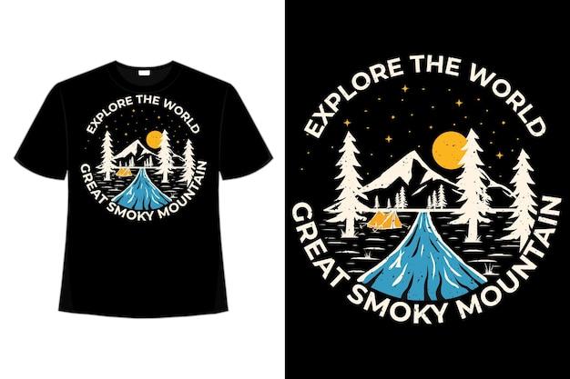 T-shirt design di esplorare la natura di montagna disegnata a mano in stile vintage illustrazione