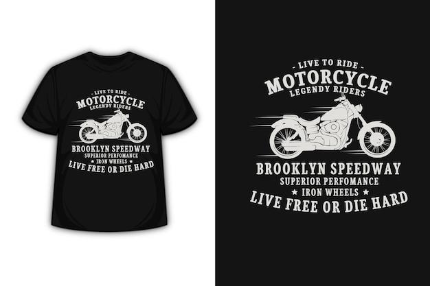 T-shirt design con motociclisti leggendari in crema