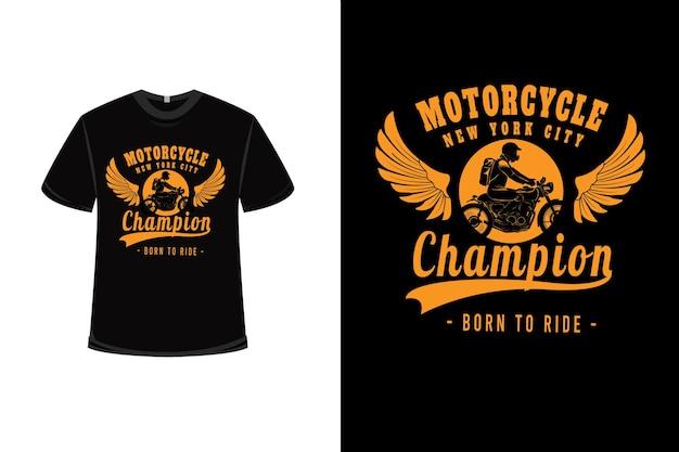 T-shirt design con la motocicletta campione di new york city in giallo
