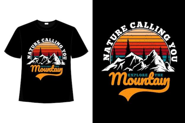 T-shirt montagna esplora natura pino stile retrò