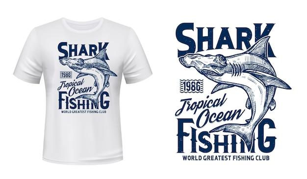 T-shirt stampata con squalo testa di martello