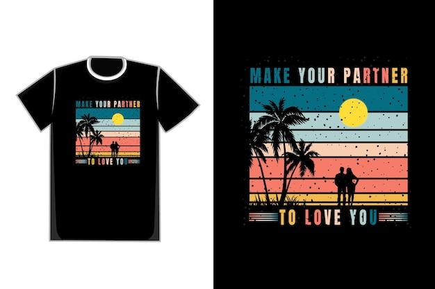 La coppia romantica della maglietta nel titolo della spiaggia fa sì che il tuo partner ti ami