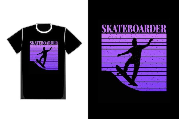 T-shirt silhouette skateboarder colore viola
