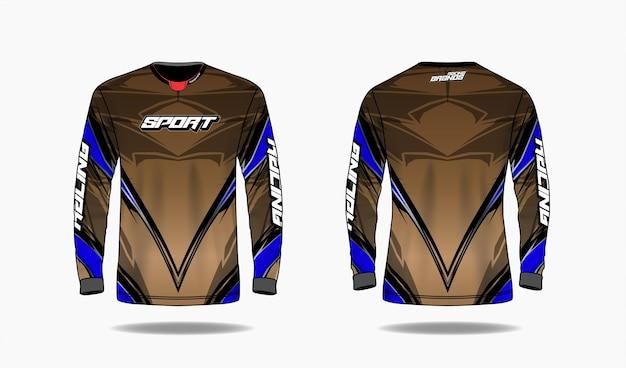 T-shirt modello di design sportivo, vista anteriore e posteriore uniforme modello manica lunga.