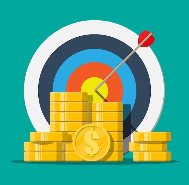 Obiettivo con freccia e mucchio di monete d'oro. definizione degli obiettivi. obiettivo intelligente. concetto di destinazione aziendale. realizzazione e successo, illustrazione in stile piatto