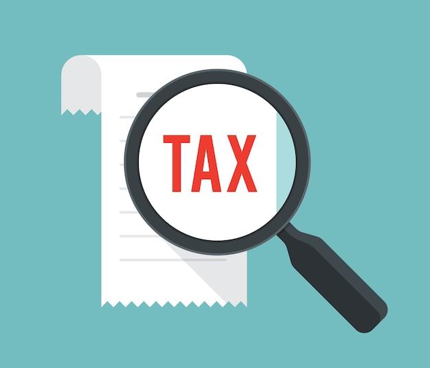 Concetto di finanza fiscale con fattura e lente di ingrandimento.