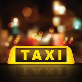Segno di taxi sul tetto dell'auto, su sfondo sfocato di illuminazione stradale