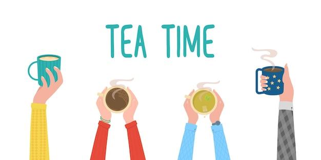 Mani per l'ora del tè che tengono una bevanda calda in tazze tazza da pausa caffè vista dall'alto di un tavolo in un bar vettore