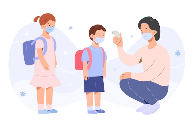 Insegnante che controlla la temperatura dei bambini durante la pandemia covid-19, ragazzino e ragazza che indossano maschere facciali