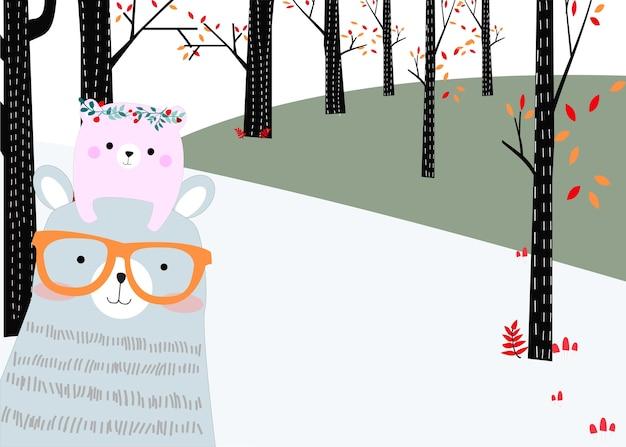 Orsacchiotto e bambino nella foresta
