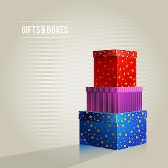 Tre scatole, rosso, viola, blu