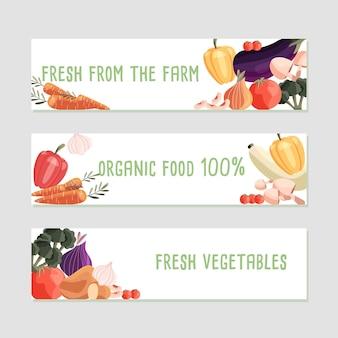 Tre modelli di banner orizzontale con verdure biologiche fresche e posto per il testo