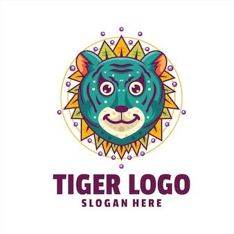 Tigre carino cyborg logo vettoriale