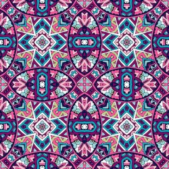 Motivo etnico piastrellato per tessuto. mosaico geometrico astratto vintage senza cuciture patchwork ornamentale.