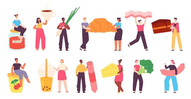 Piccoli personaggi con il cibo. persone con prodotti alimentari, verdure, salsicce, tè, torte, yogurt e formaggio. insieme di vettore del pasto di cottura