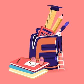 Un personaggio femminile minuscolo mette gli strumenti educativi in uno zaino enorme con libri di testo e attrezzature