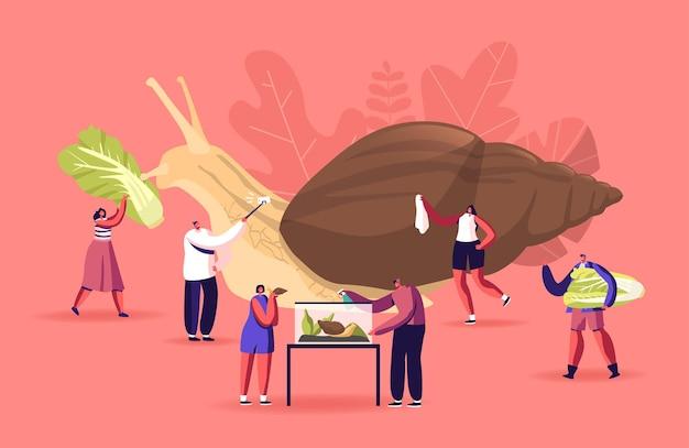 Piccoli personaggi maschili e femminili si prendono cura di un'enorme lumaca achatina che nutre e pulisce il terrario, facendo selfie. persone e gasteropode mollusco pet hobby, creatura fauna, zoo. fumetto illustrazione vettoriale