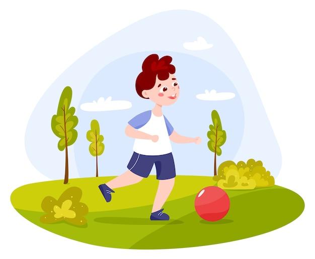 Ragazzo del bambino nel parco. neonato con ciao palla. ragazzo carino gioca con una palla fuori. bambino felice.